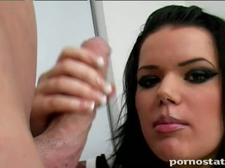 ruskeaverikkö, hardcore sex, paksu