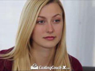 कॅस्टिंग couch-x ब्लोंड चियर्लीडर shows बंद पर कॅम