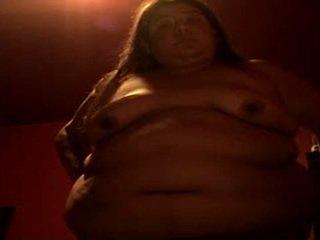 Fett nackt flittchen alma smego gets mad aussehen die pig ist runde