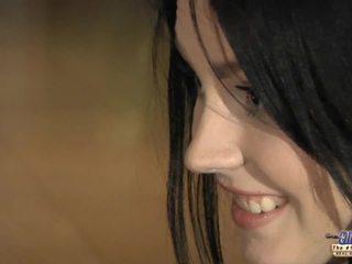 brunetka, całowanie, fmm