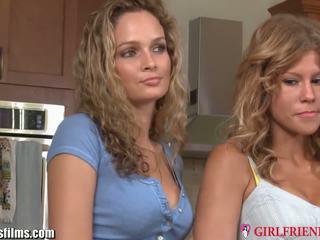 Girlfriendsfilms strapped lezbiýanka betje eje 3 adam