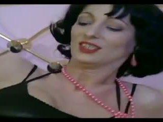 Klasické francúzske: zadarmo milfka porno video