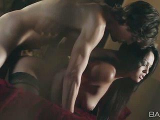 bruneta, hardcore sex