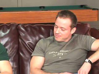 Slamming dzimumloceklis uz viņa pakaļa par the dīvāns