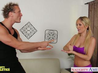 Krūtainas athlete tasha reign jāšana dzimumloceklis