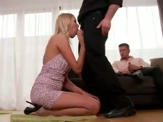 Teena lipoldino gets anal kacau oleh two guys