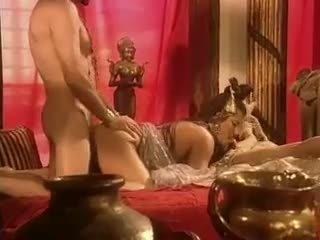 Holly ķermenis has sekss uz egypt