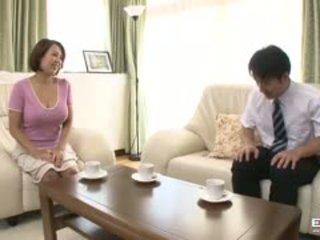 Riesig brüste japanisch wifey anna gets gefickt und creampied