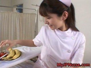 Ann nanba pôvabný ázijské naivka licks