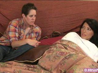 Zoey holloway ir kat praleisti the diena į lova