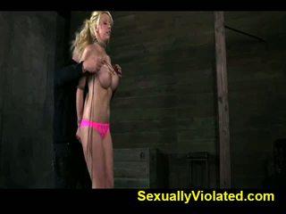 Stacked blondīne palaistuve gets tied un seja fucked