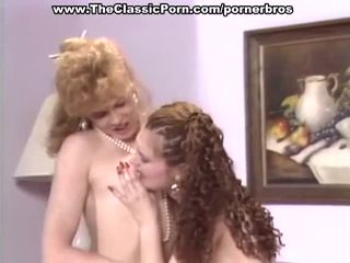 葡萄收获期 女同志 有 热 的阴户 eating 和 toying