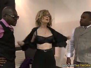 Nina hartley fucks bbw metres guys için votes