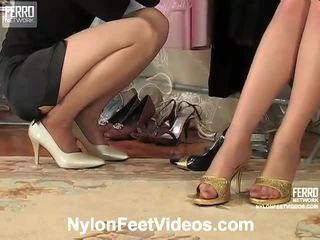 Agatha ir ninon nešvarus prisegamos kojinės footsex