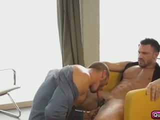 Apaixonado anal sexo em o de manhã