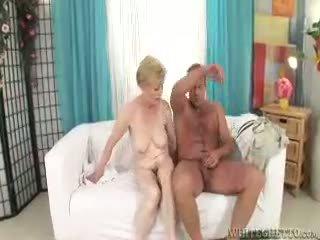 Eu wanna ejaculações dentro seu avó #07