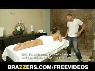Brazzers - rondborstig spaans babe esperanza gomez gets een massage