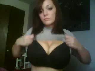 Kancık yoğunlaşıyor islak gömlek kıllı kız video