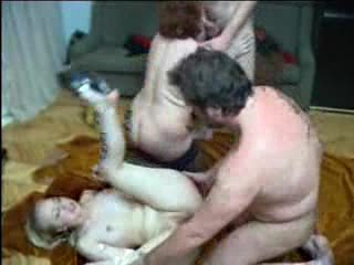 Russe mature et jeune couple swingers 2