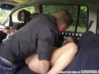 Multiple female orgasme i den baksete