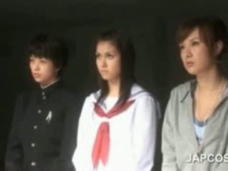 Asiatisch heiß arsch schauspielerin plays seductress im kostümspielchen szene