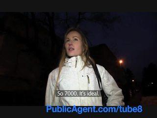 Publicagent vājas blondīne ir a mežonīga nympho uz the guļamistaba