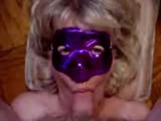 Purple máscara broche