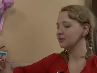 Збуджена підліток трахкав по її вчитель