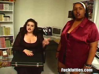 Slutty resnas fucks pirmais laiks doing hardcore porno - pilns filma