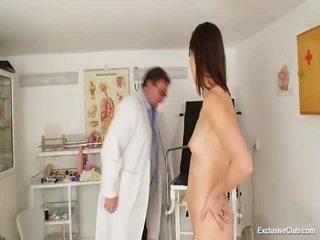 Perverted Gyno Doctor Fingers Cum Hole Of Hot Brunette