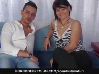 Scambisti maturi - italiaans rijpere has 69 seks met haar