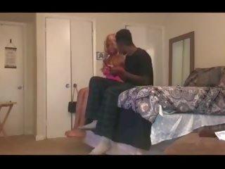 Sekss uz guļamistaba: bezmaksas sekss xxx bezmaksas porno video cc