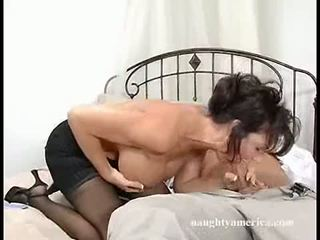 Dark haired momma deauxma fits a thick sik in her mouth until she chokes