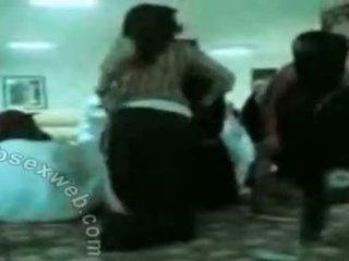 Arab hijab हॉर्नी समूह dance