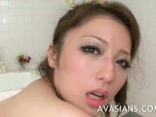 Krūtinga japoniškas mama likes tai gilus į the vonia