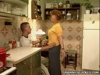 Virtuve gilf jāšanās