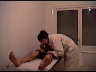 Asi hacen los masajes las maduras