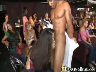 skupinový sex, výstřik, opilý holky
