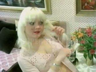 blondes, gros seins, millésime