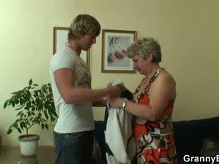 Bertuah guy fucks lonely nenek