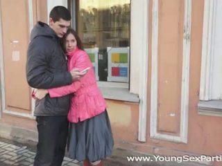 Ung kön parties: ryska amateurs fyrkant fan
