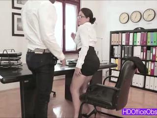 Karštas sekretorė valentina nappi pakliuvom iki jo bosas vidus the ofisas