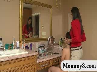 cougar, ibu rumah tangga, mahasiswi