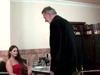 Cathy heaven enjoys seks s old man