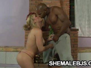 sucking, boyfriend, shemale