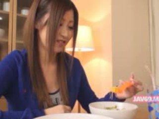 Liebenswert seductive koreanisch mieze gefickt
