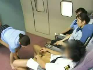 Ázijské letuška gangbanged video