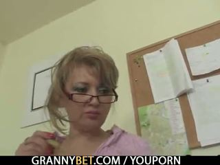 реальність, старий, бабуся
