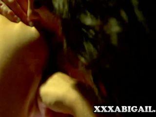 Alison tyler en katie summers sizzling meisje op meisje.