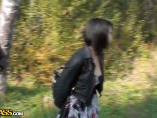 Lina sự nịnh hót cocks trong một park vì tiền